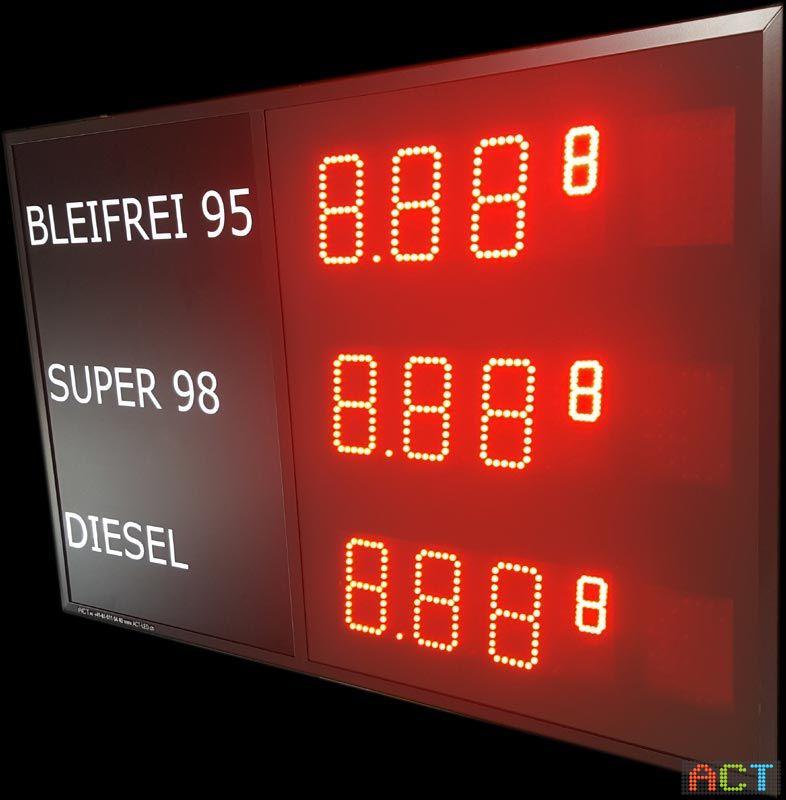 Tankstellen-Preisanzeige-mit-zwei-Währungen