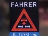 Digitale Verkehrsschilder