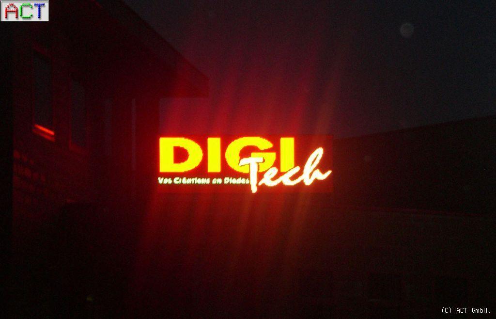 digitech_004
