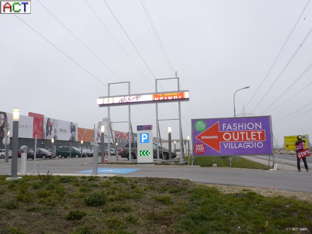fashion_outlet_villaggio_005