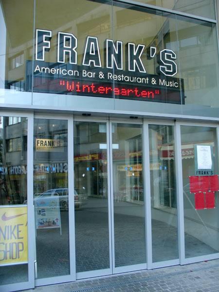 franks_american_bar_001