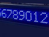 Blaue-Laufschrift